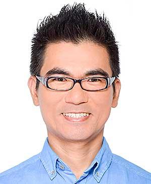 連任三屆區議會議員的民主黨成員徐遠華