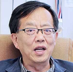參選選委會的閻洪