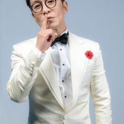 著名主持人李咏因病治療無效去世 哈文:永失我愛