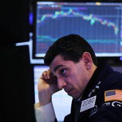 美股10日收盤大跌 道瓊斯指數狂瀉831點